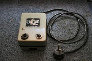 Transformator obniżający napięcie z 220v na 6V o natężeniu 4A.