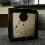 Amperomierz tablicowy rok produkcji około 1962, produkcji niemieckiej.