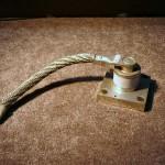 Półprzewodnikowa dioda prostownicza dużej mocy.